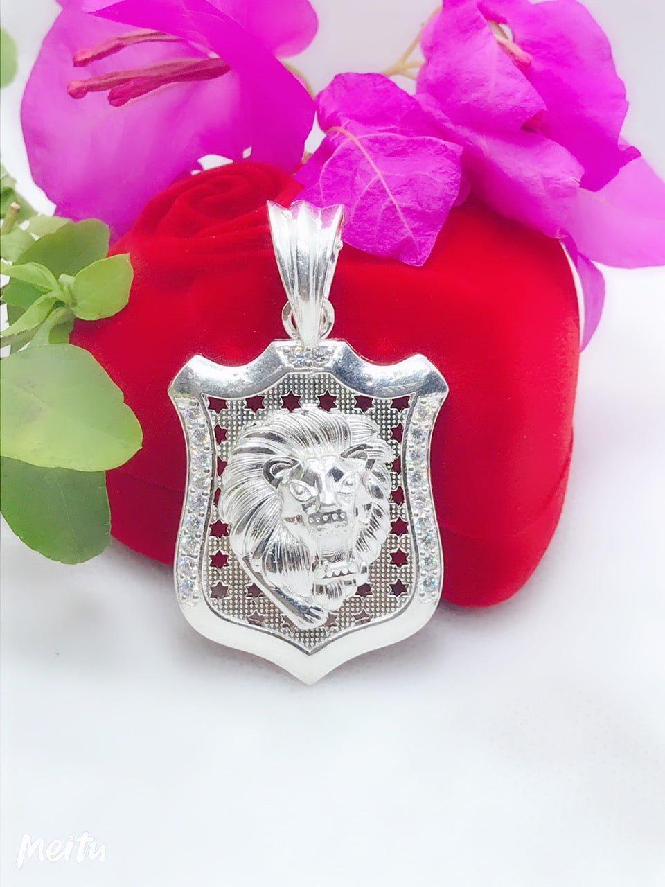 Mặt dây bạc hình sư tử cho nam tinh tế cá tính bằng bạc cao cấp 925.