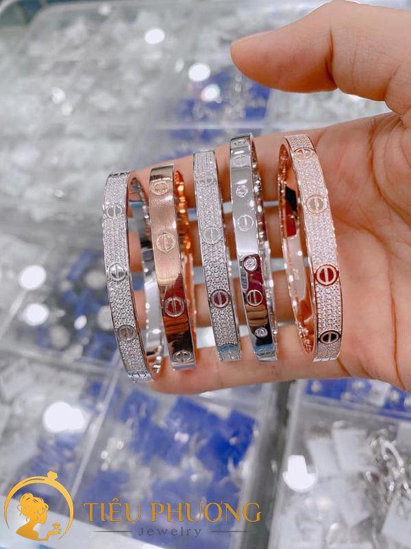 Vòng Cartier bạc cao cấp 925 giống y hàng Auth chính hãng.