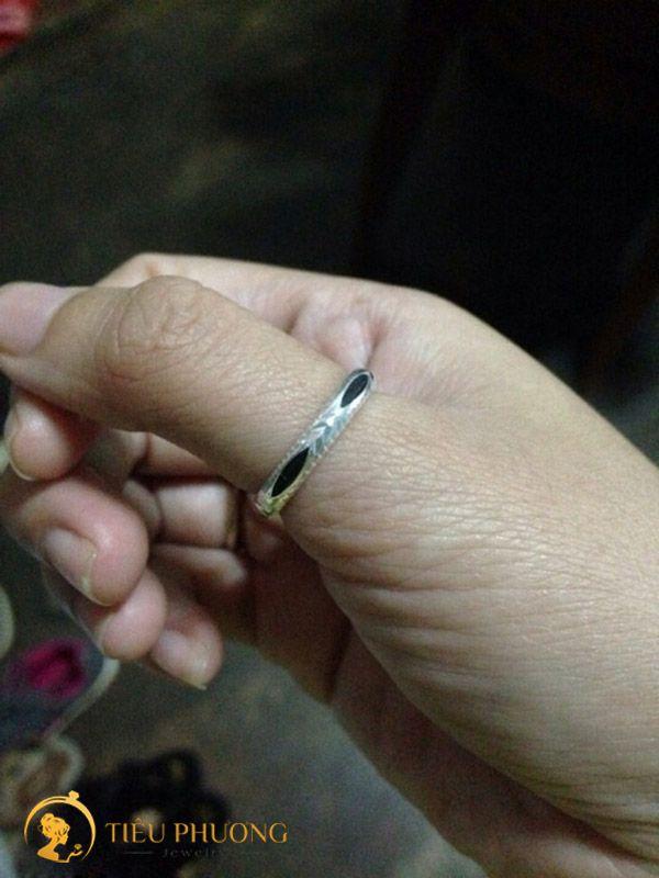 nhẫn lông đuôi voi đeo ngón nào